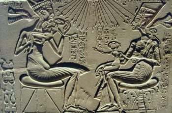 King Akhenaten & Queen Nefertiti - Human or Alien Hybrids?